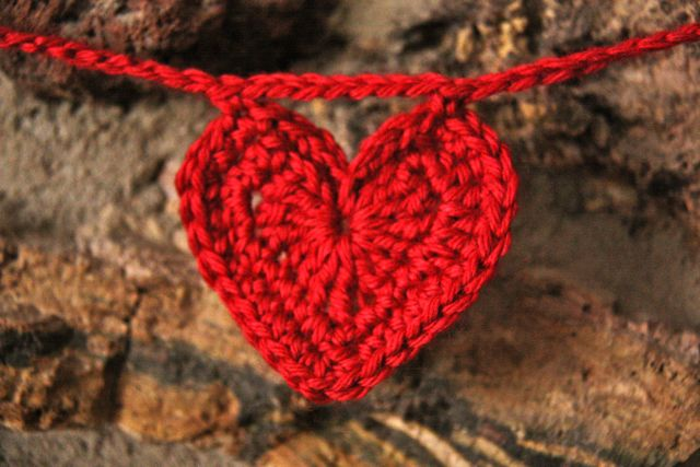 Crochet Heart Garland | Skip To My Lou