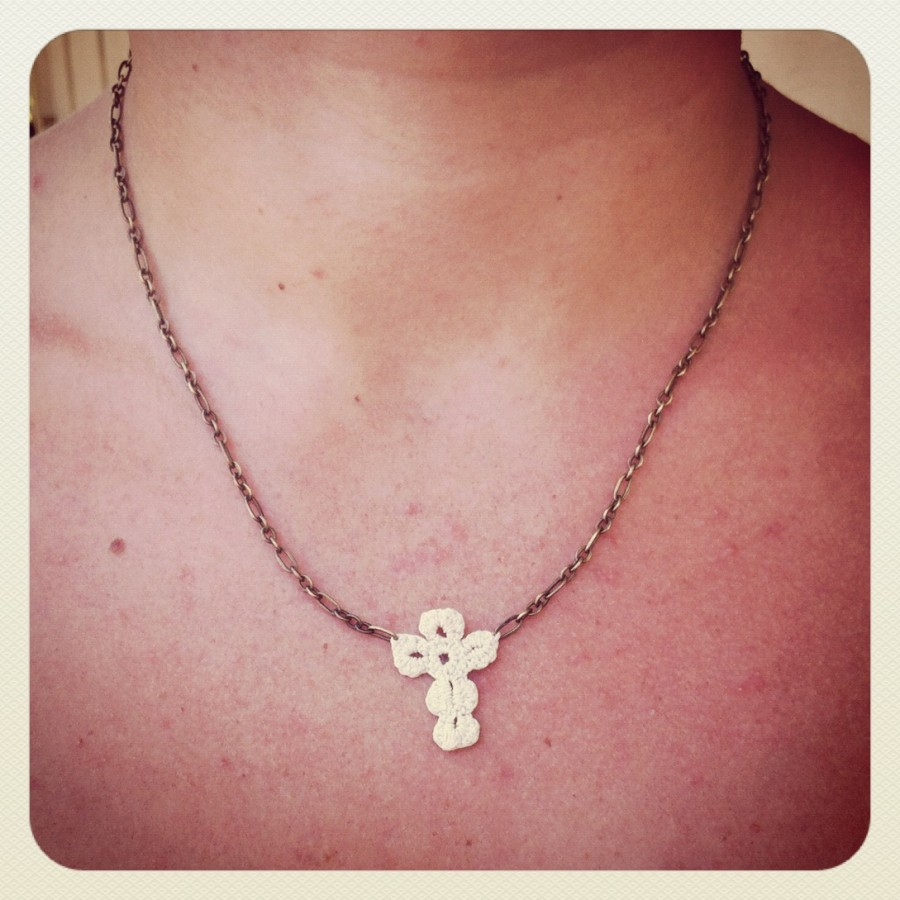 Crochet Tutorial Necklace : Tutorial: Crocheted Cross Necklace This Mama Makes Stuff